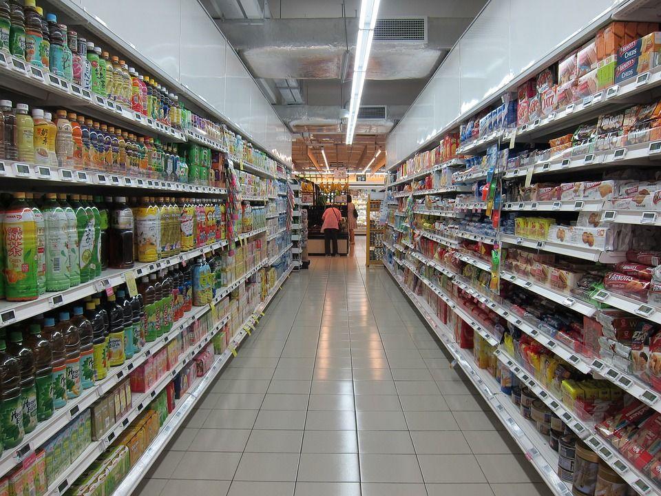 Foto 13 de Distribución de productos de limpieza y droguería en Poligono  industrial Campollano | Distribución 76 Campollano, S.L.
