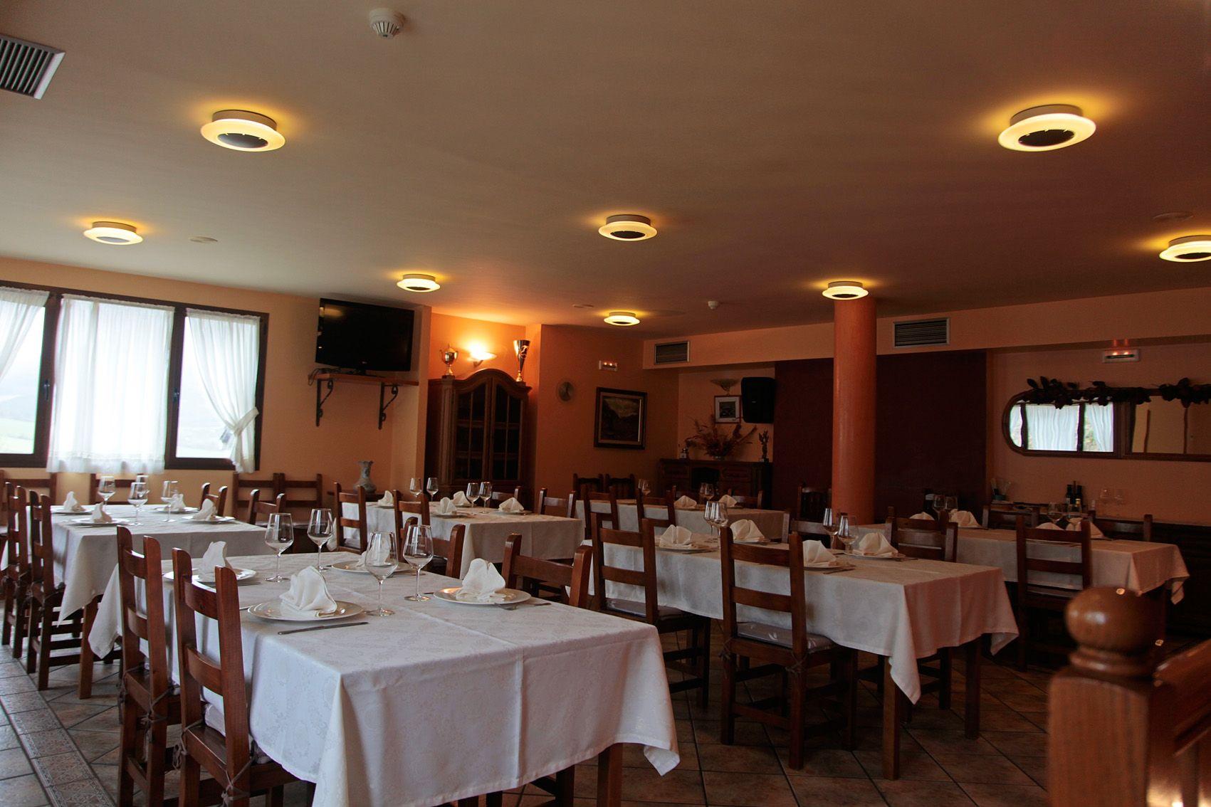 Foto 2 de Restaurante en Juslapeña | Restaurante Casa Arteta