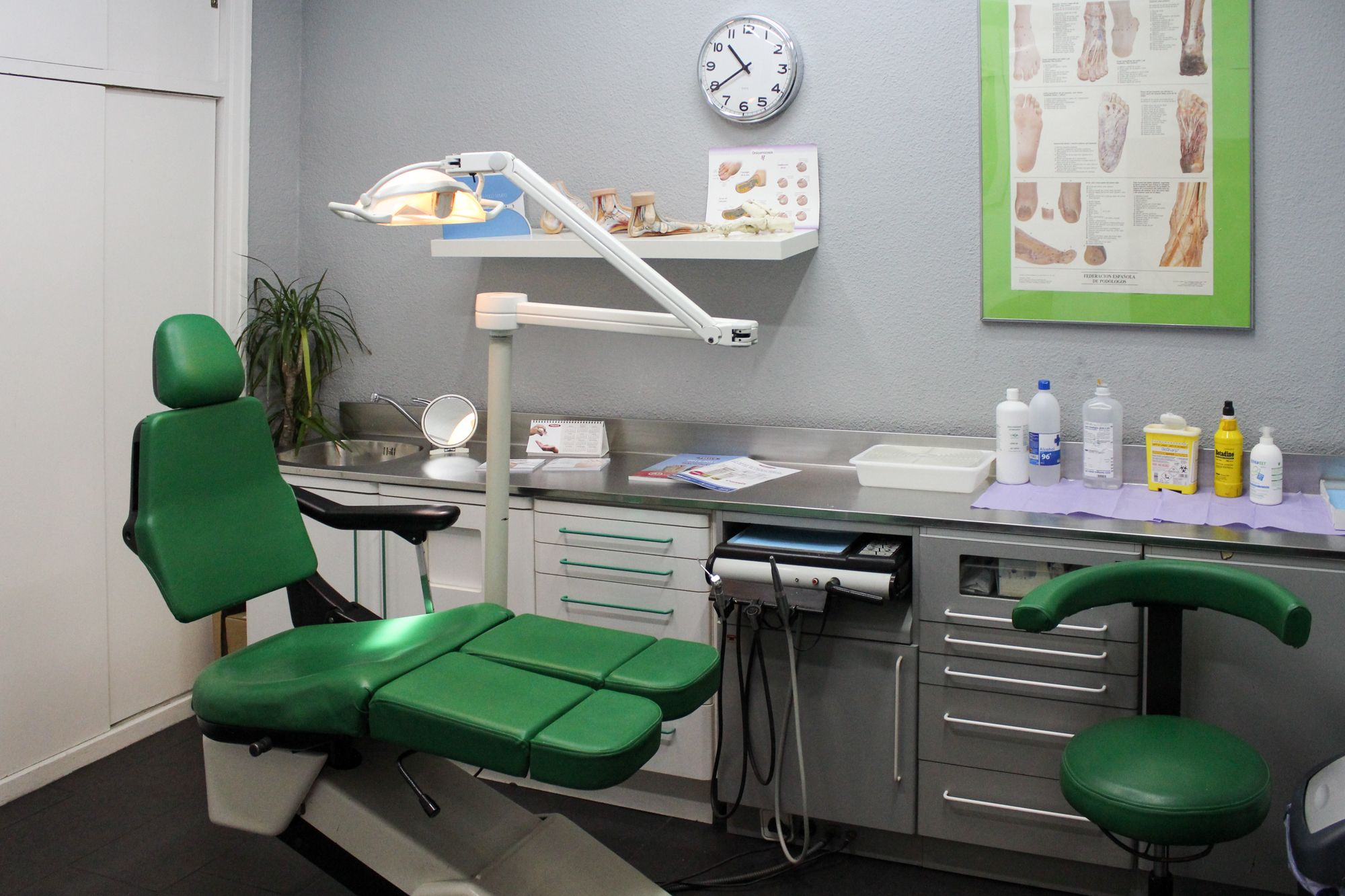 Foto 7 de Dentistas en Madrid | Clínica BP Bucal y Podológica