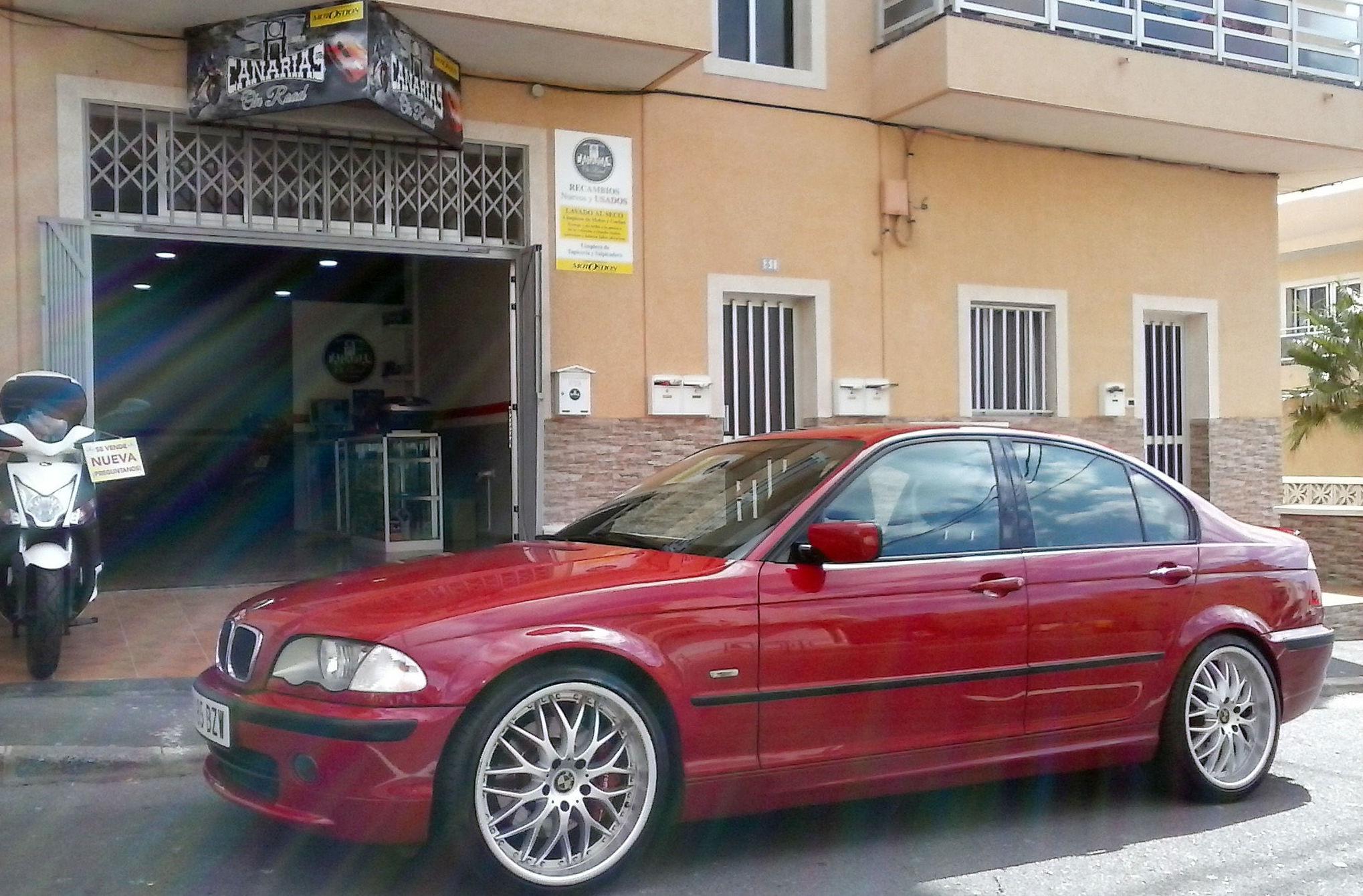Limpieza en seco de coches en San Isidro, Tenerife