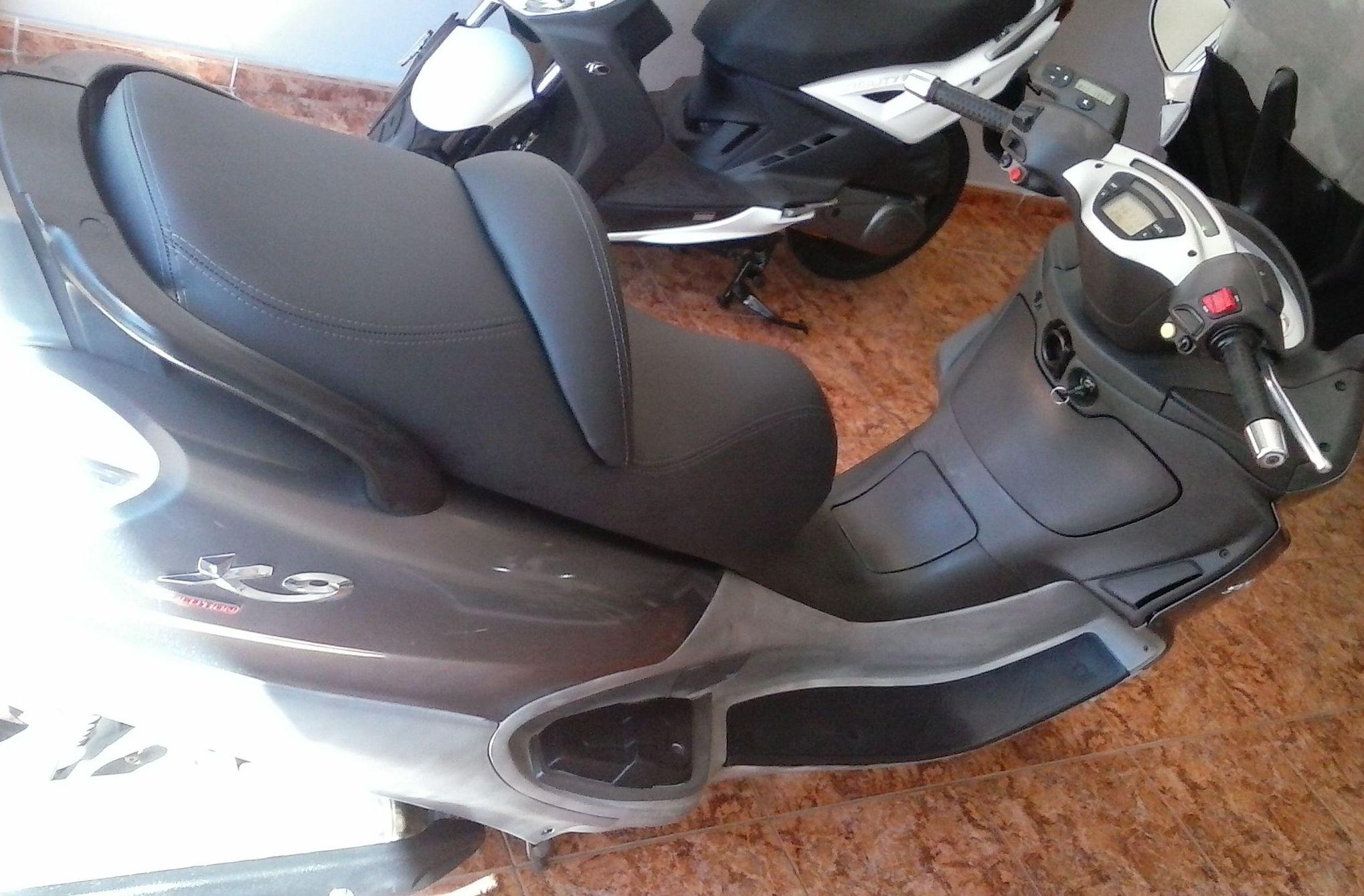 Tapizado de motos y vehículos: Servicios de Canarias On Road