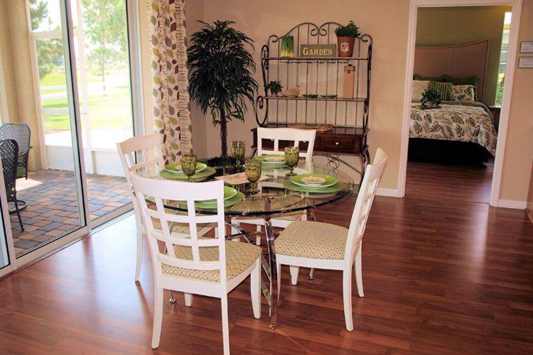 Muebles para salón con estilo clásico