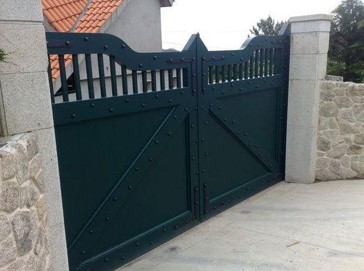 Puertas de forja automáticas