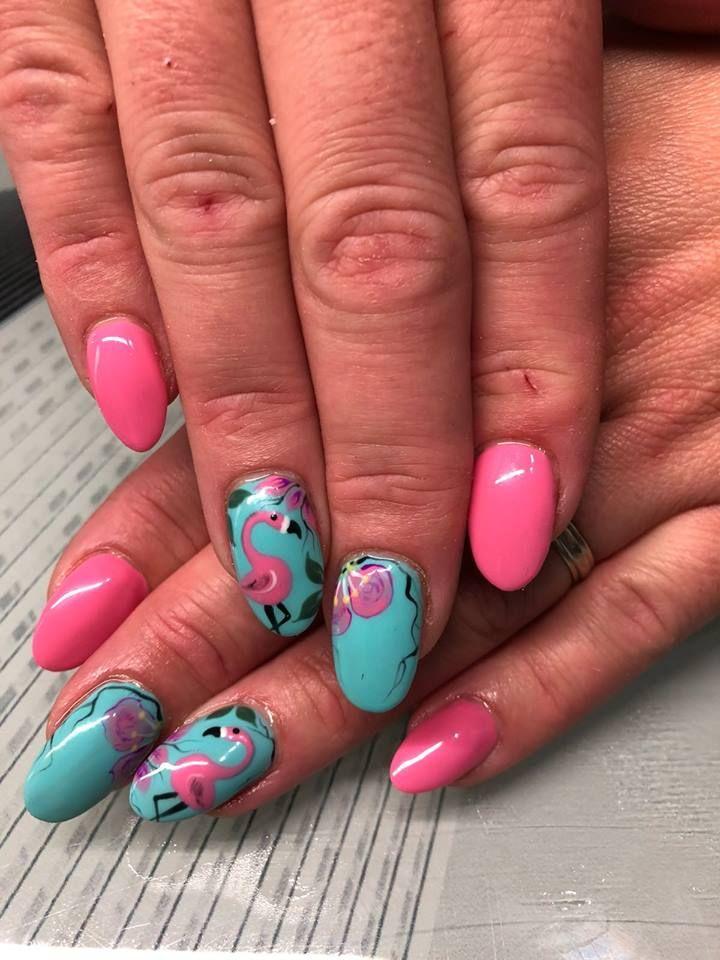 Especialistas en uñas acrílicas