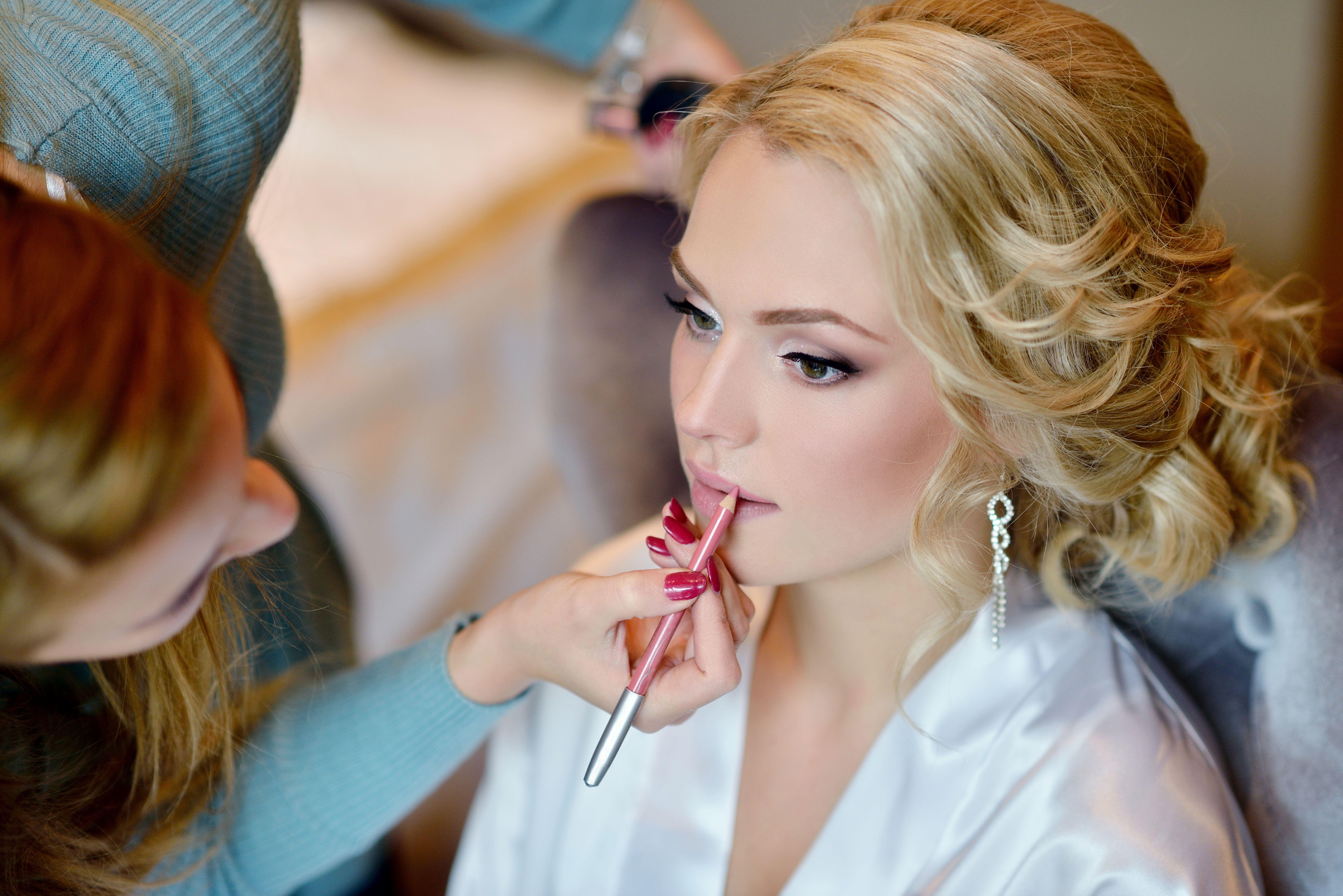 Maquillaje: Servicios de Anju Peluqueros