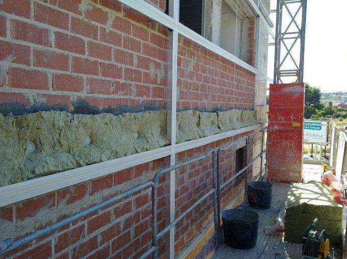 Trabajos de impermeabilización en edificio