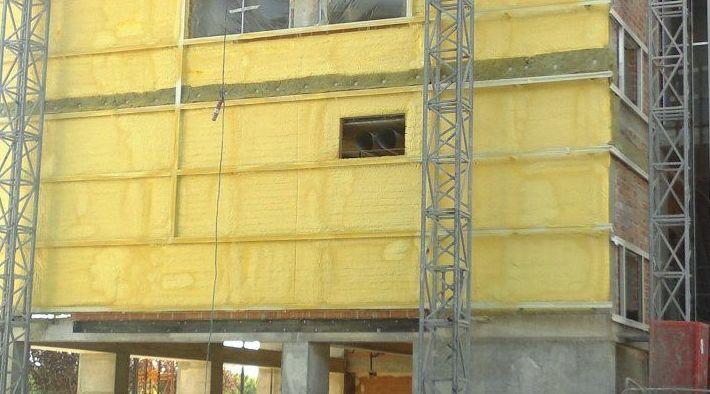 Aislamiento térmico y acústico de fachada