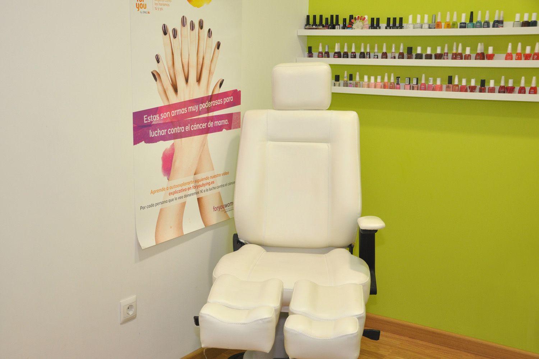 Tratamientos de manicura y pedicura realizados por expertos