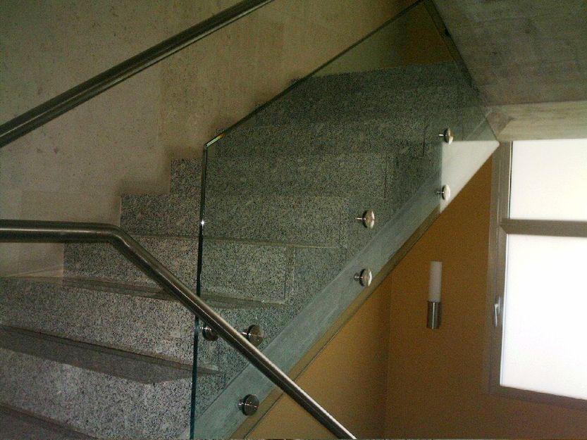 Vídrios de seguridad para escaleras en Santander