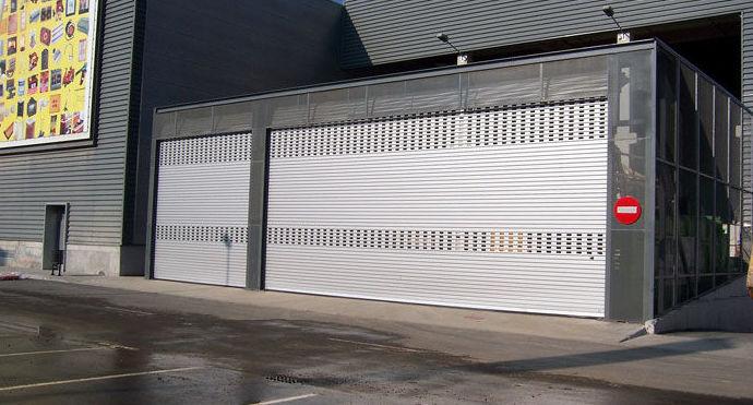 Nuestras puertas metalicas para su garaje o negocio