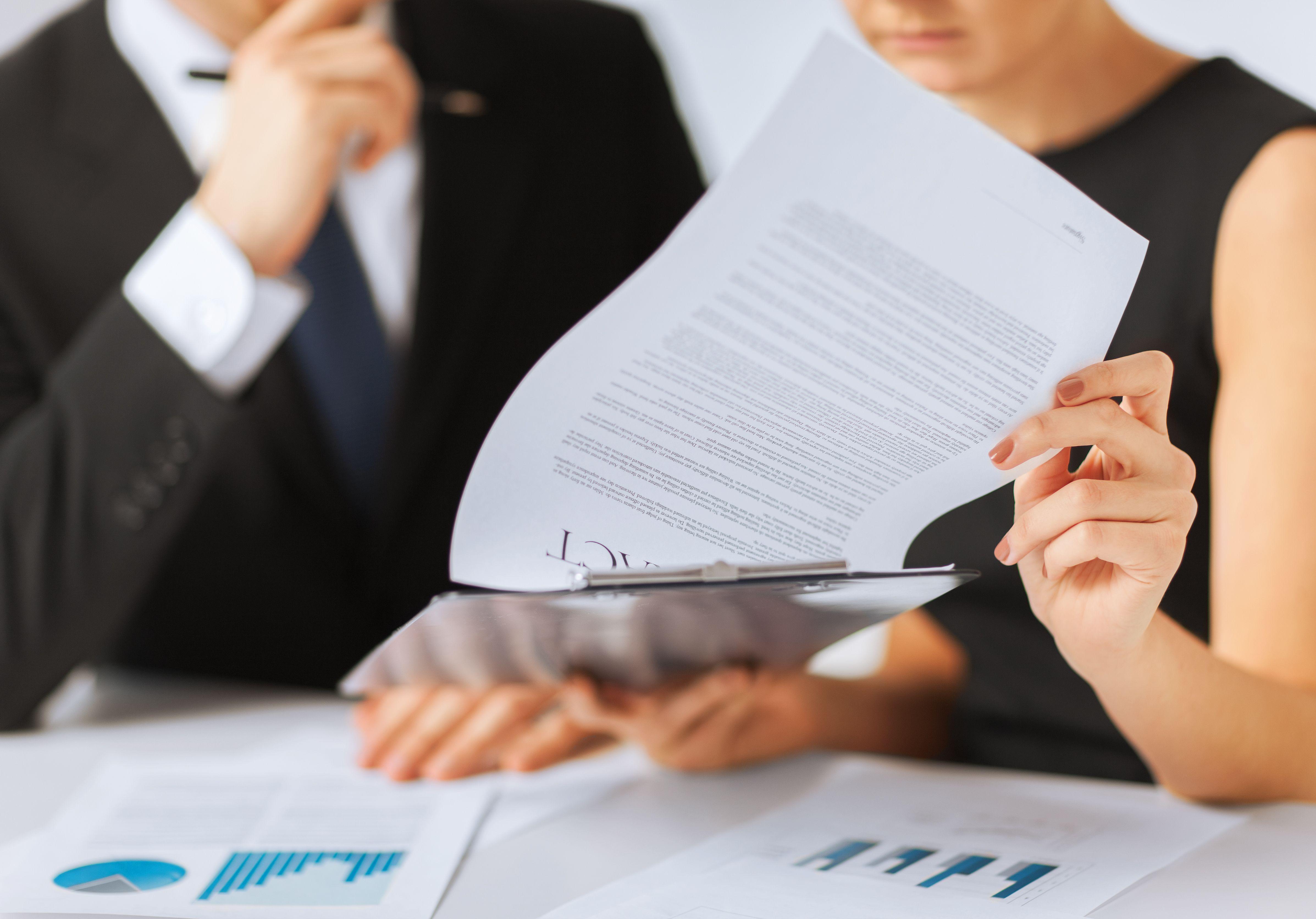 Contratos, modificaciones, sanciones: Servicios de AYNI Abogados
