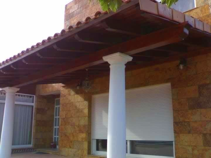 Porche de Madera en Valverde Elche
