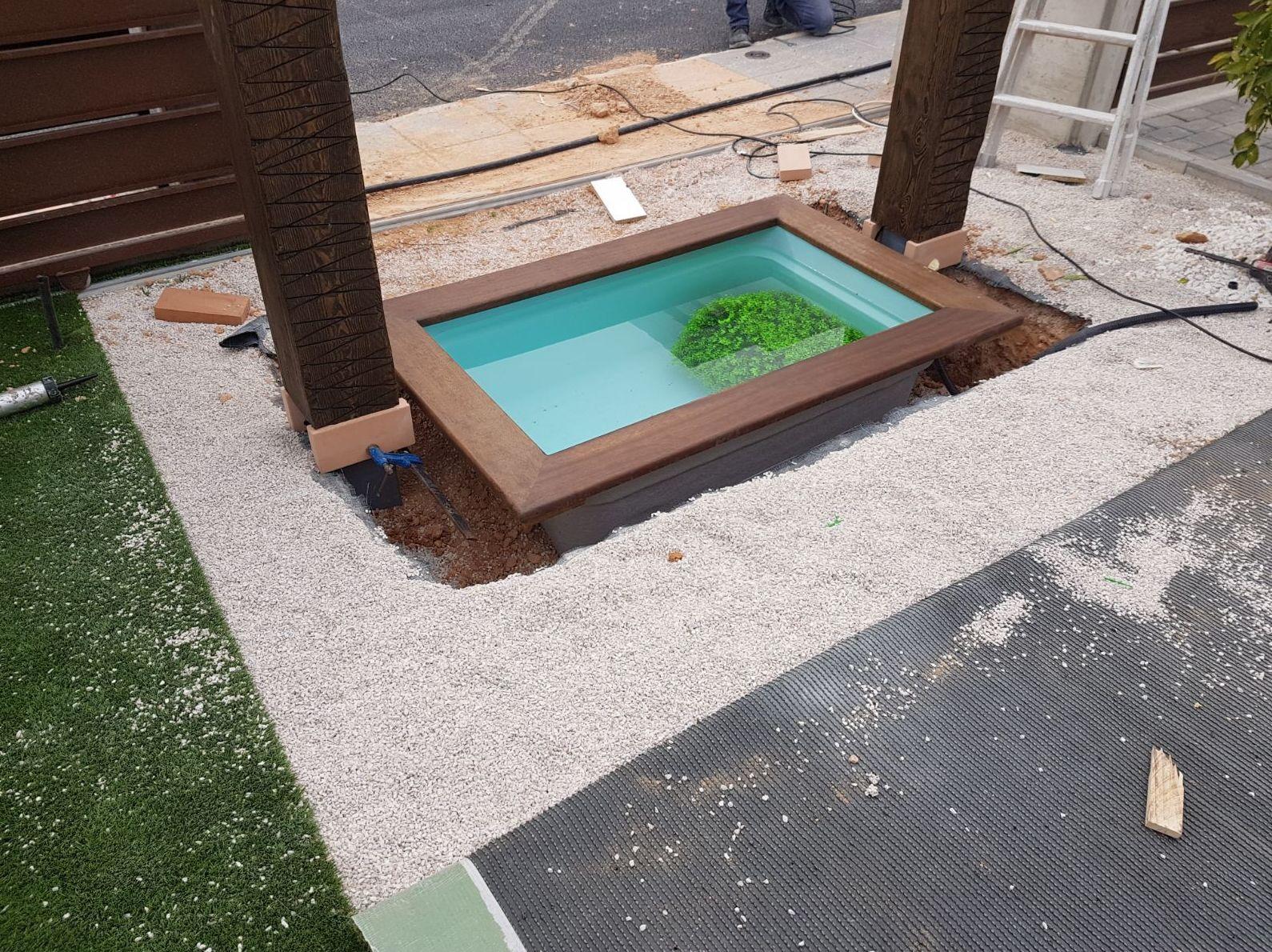 Construcción Fuente estilo oriental para jardín en Alicante