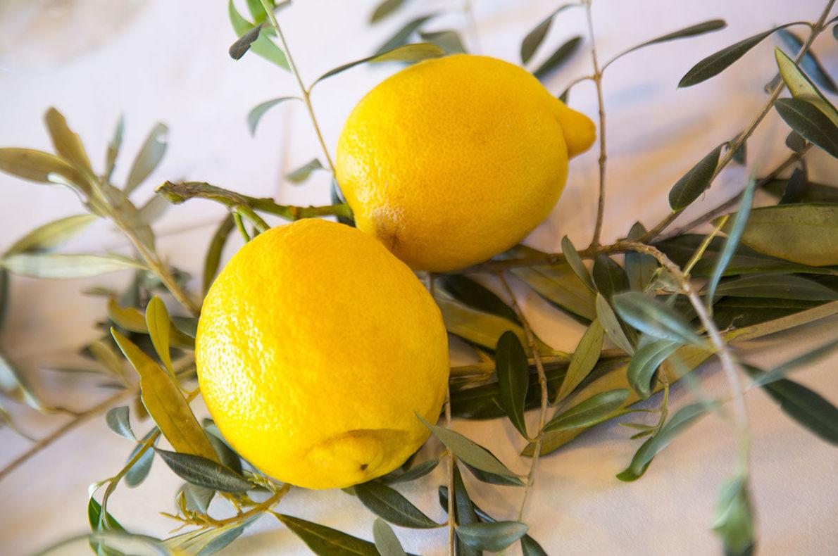 Bodas de verano a todo color y con aroma a limón