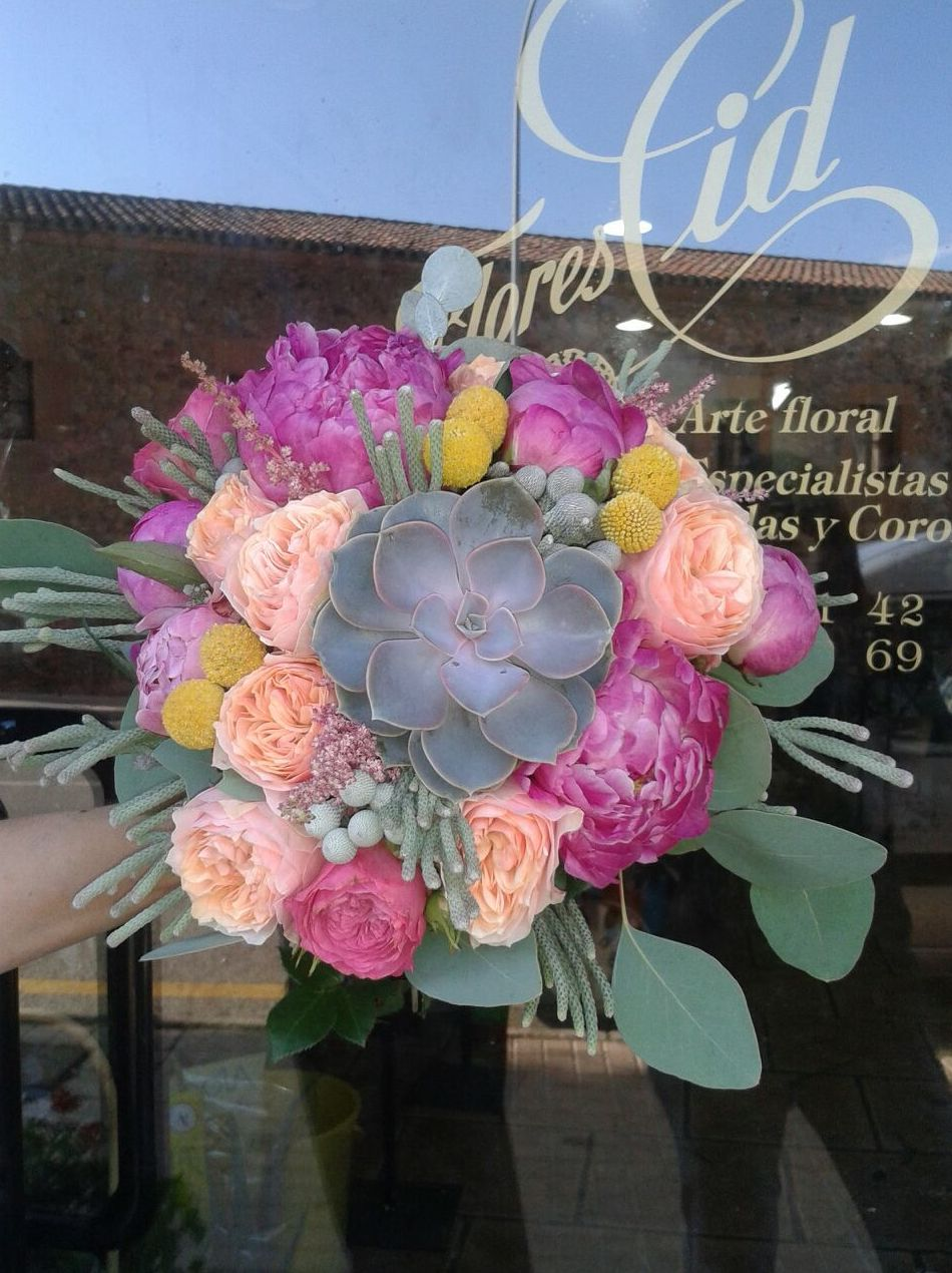 Foto 9 de Floristerías en Soria | Flores Cid Arte Floral
