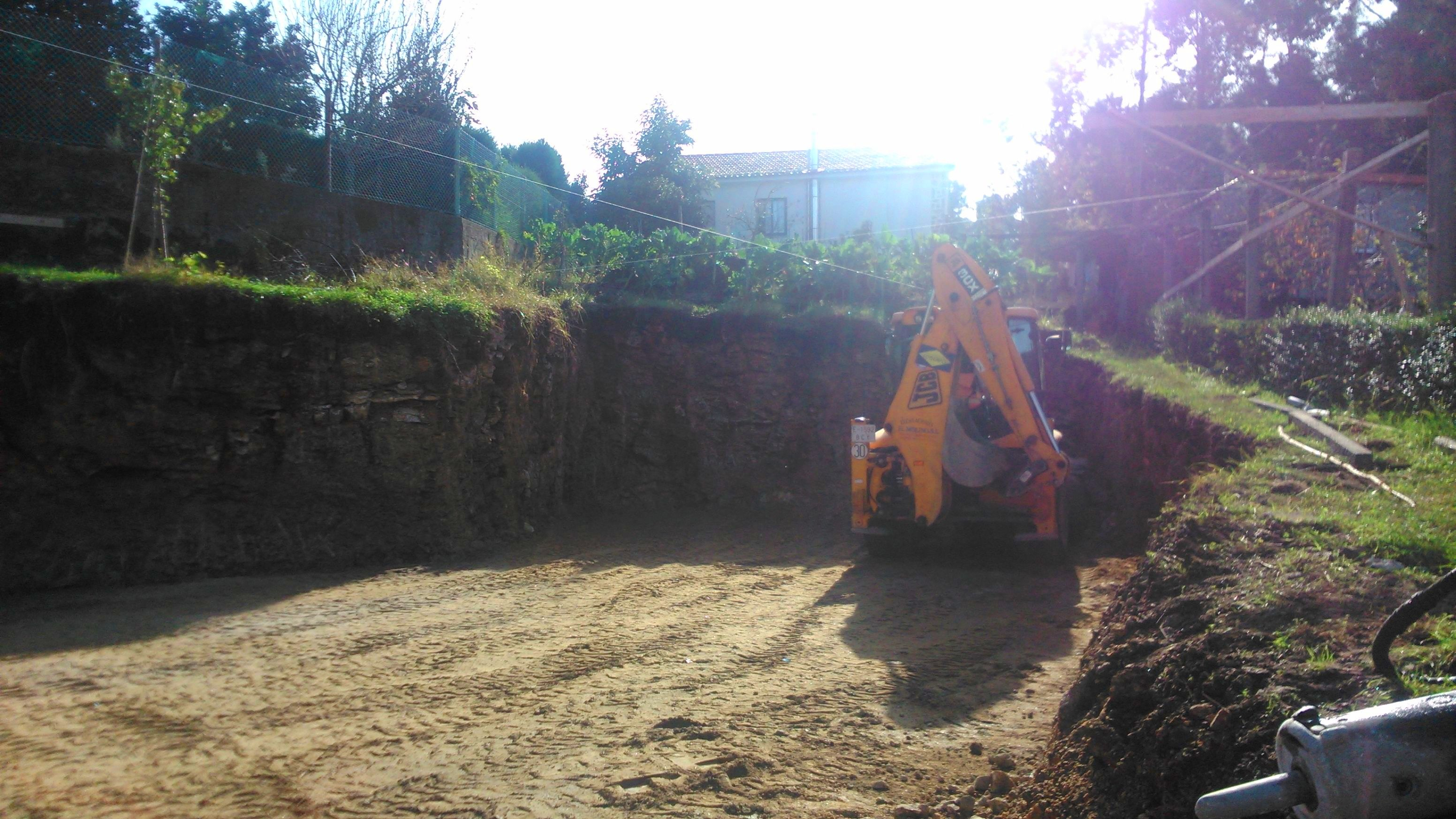 Foto 177 de Excavaciones en    Excavaciones El Molino, S.L.
