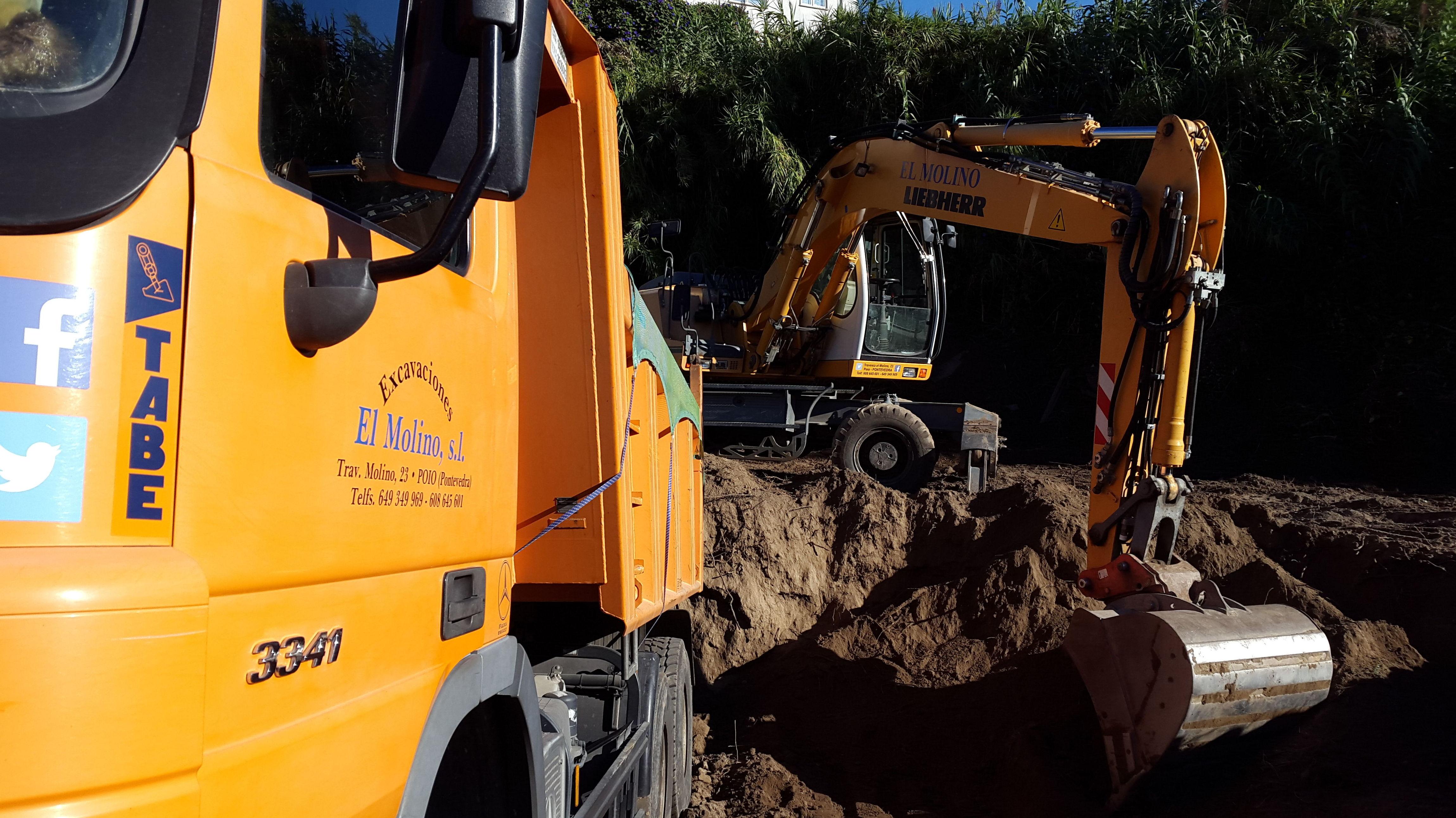 Foto 76 de Excavaciones en  | Excavaciones El Molino, S.L.