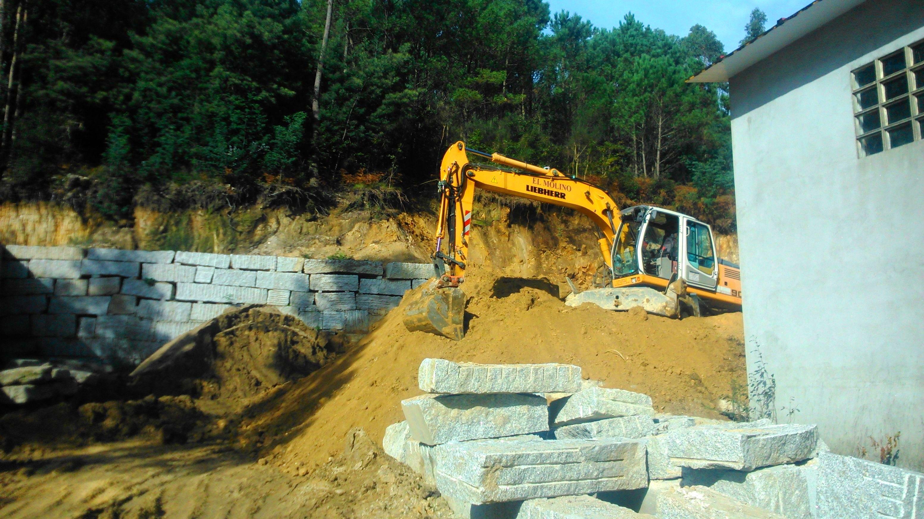 Foto 163 de Excavaciones en    Excavaciones El Molino, S.L.