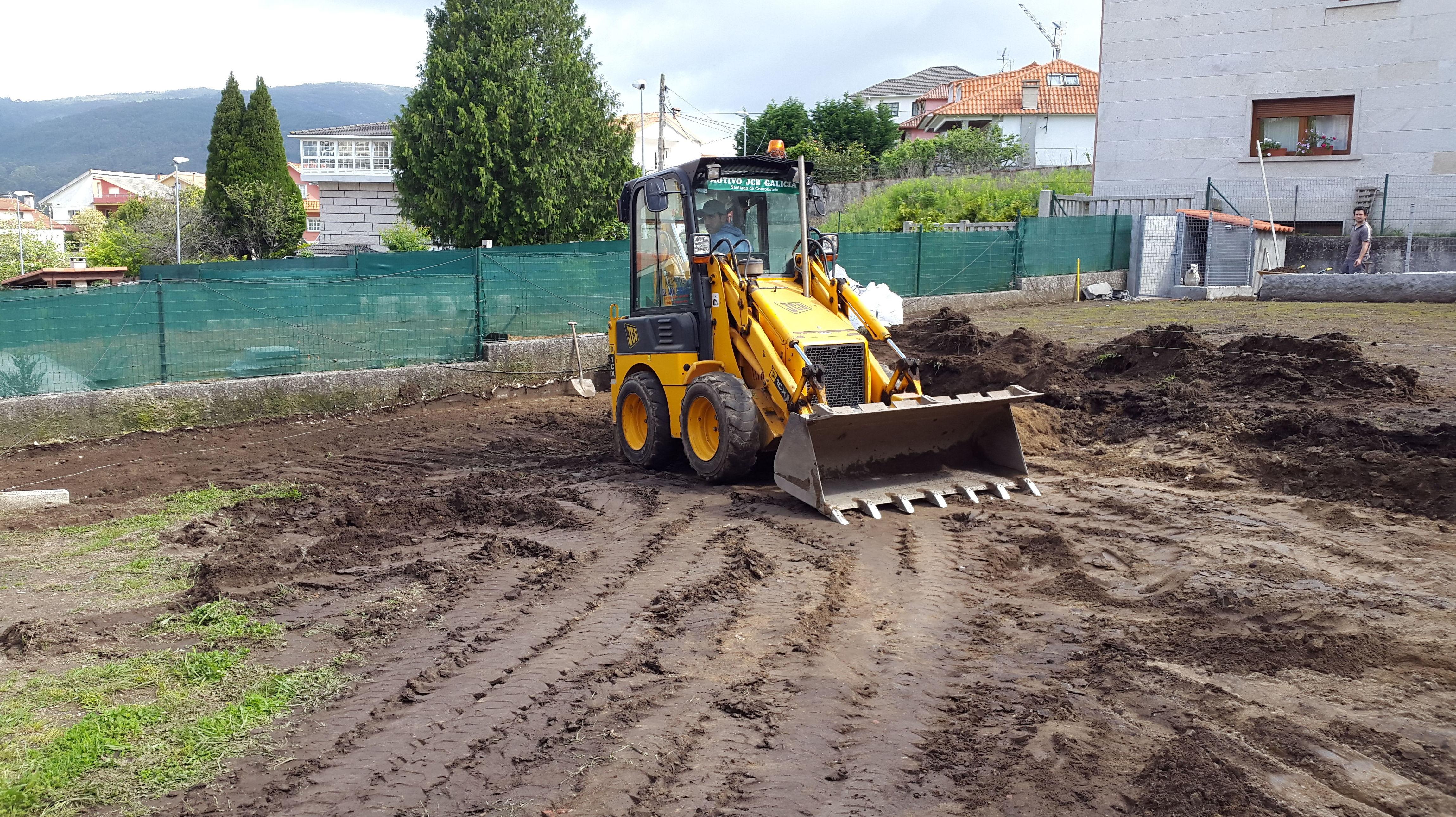 mini cargadora jcb 1cx: nuestras maquinas de Excavaciones El Molino, S.L.