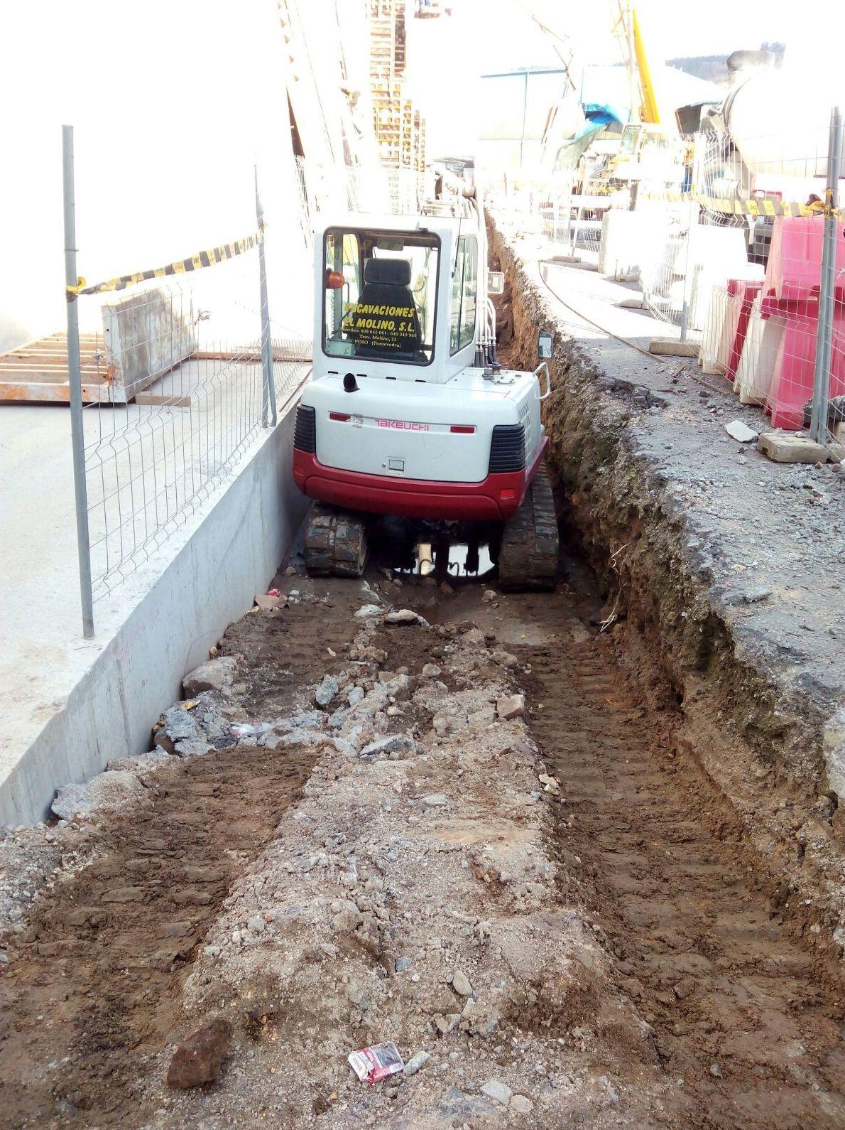 Foto 47 de Excavaciones en  | Excavaciones El Molino, S.L.