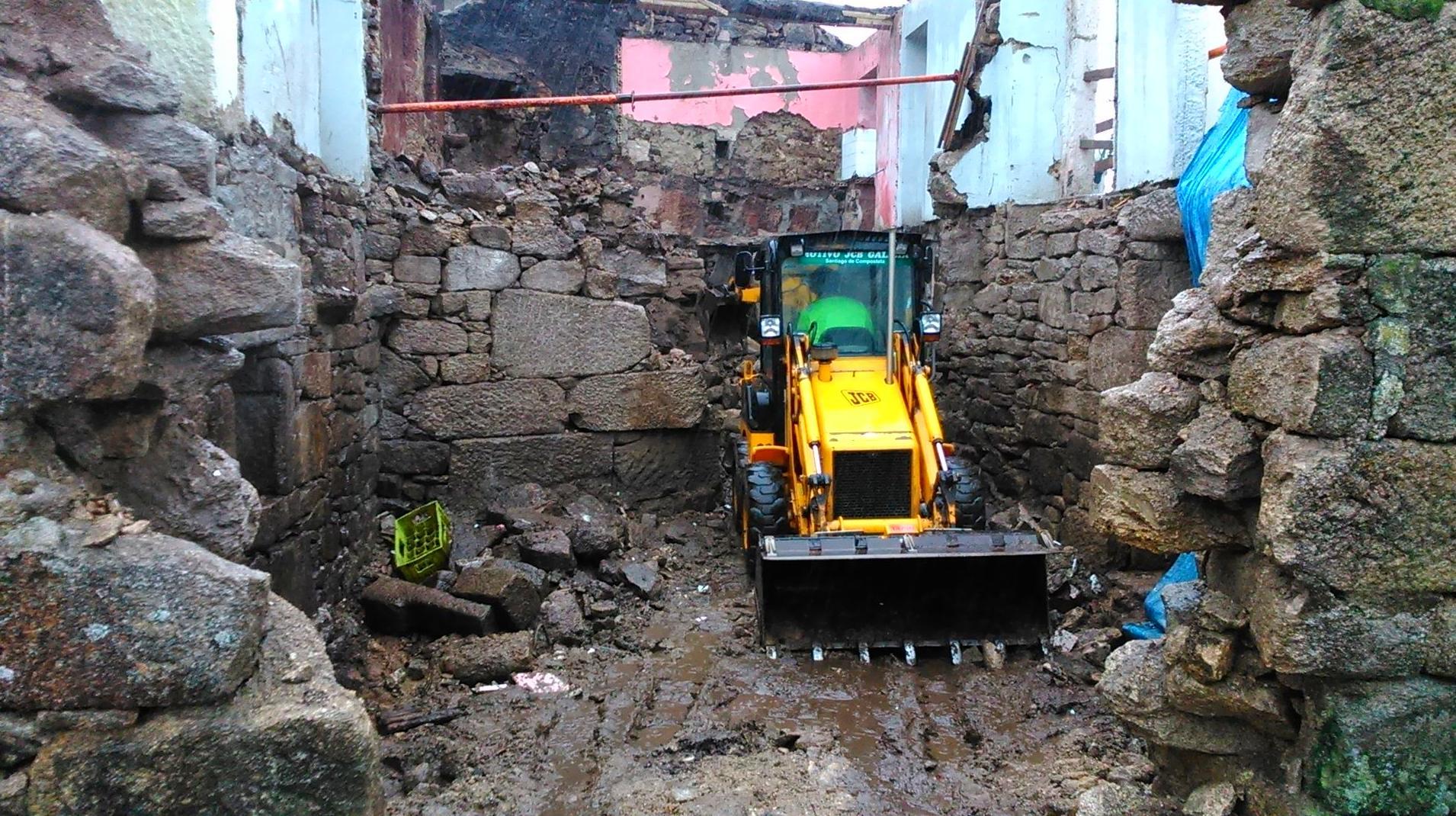 Foto 141 de Excavaciones en  | Excavaciones El Molino, S.L.