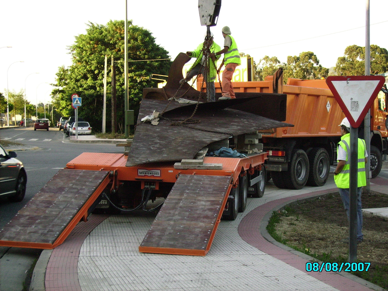 traslado de escultura-PONTEVEDRA