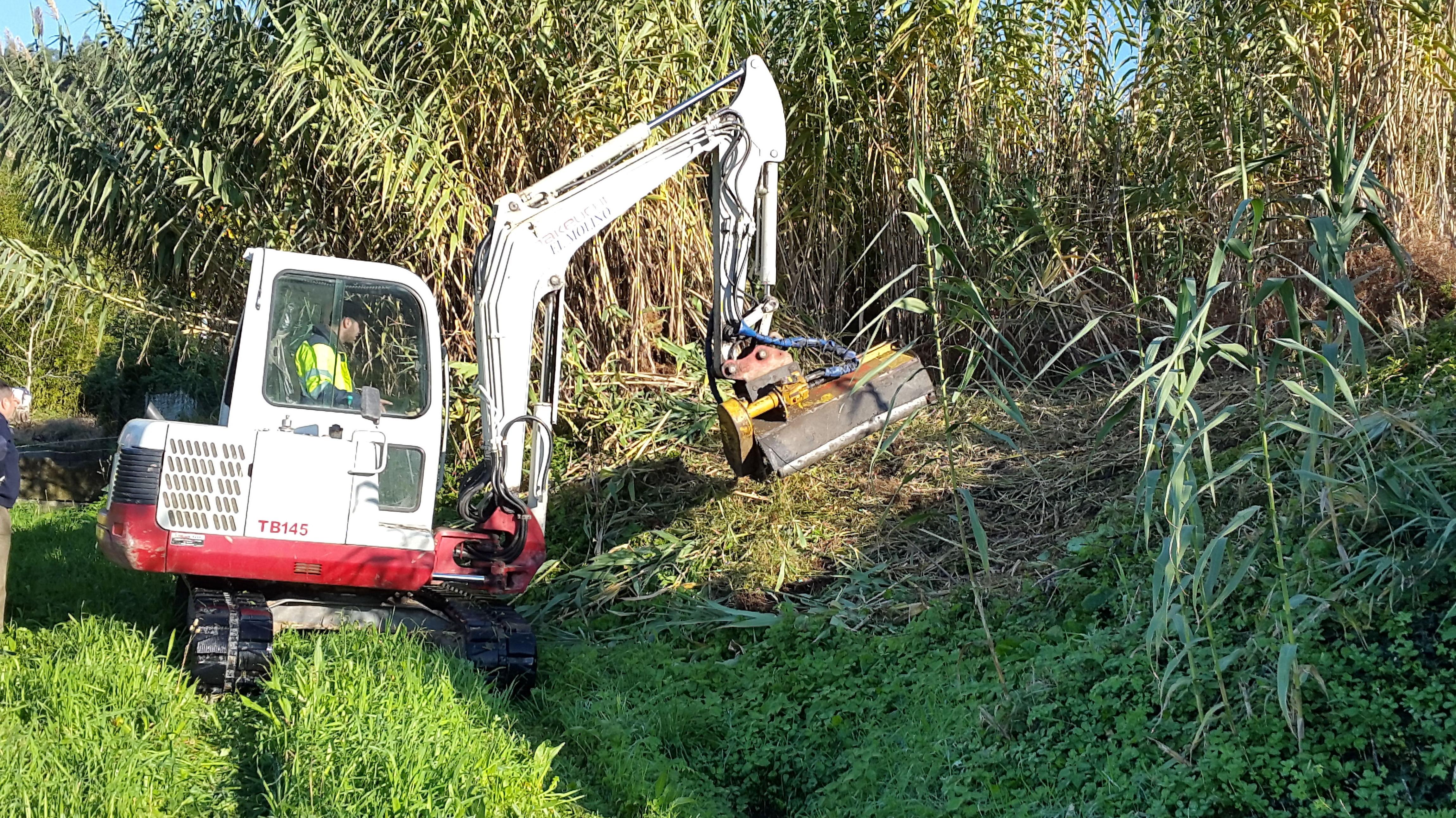 Foto 191 de Excavaciones en  | Excavaciones El Molino, S.L.