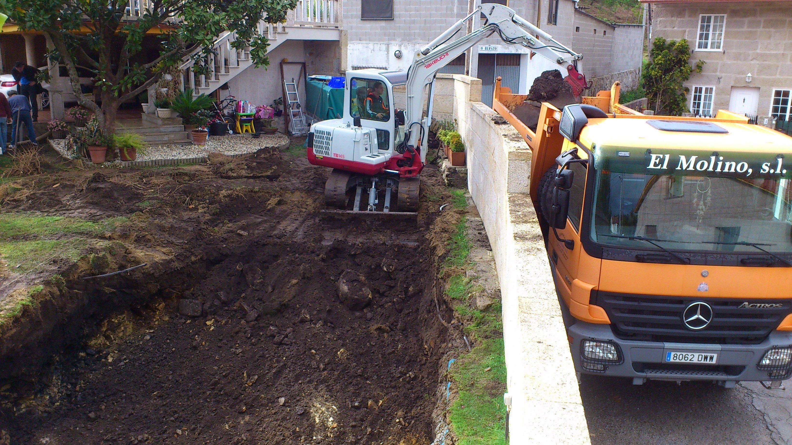 excavacion para piscina en Xeve-Pontevedra.