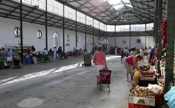 El Mercado de Abastos de Castro Urdiales será rehabilitado y recibirá una subvención inicial de 60.000 euros / Abel Verano