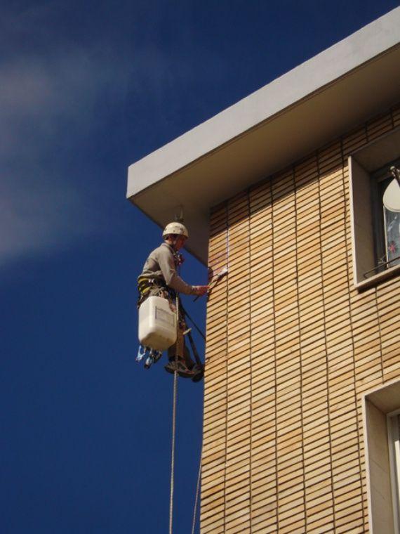 Foto 88 de Trabajos verticales en Torrelavega | Acebo Trabajos Verticales