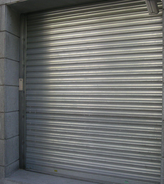Foto 6 de Cierres y puertas metálicas en Madrid | Talleres Chacón