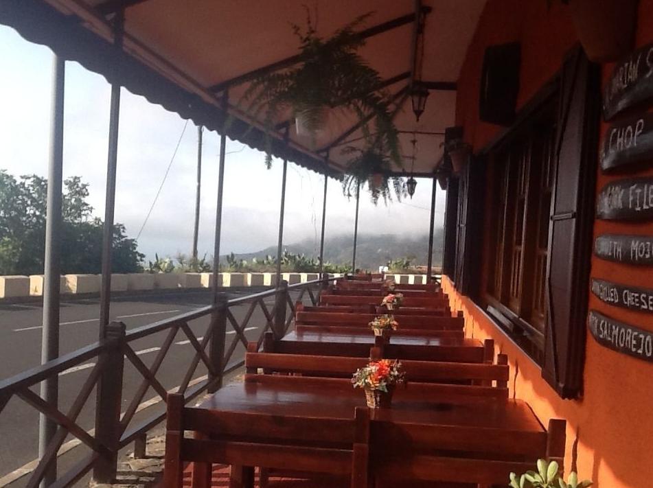 Foto 6 de Cocina canaria en Buenavista del Norte | Restaurante Meson Del Norte