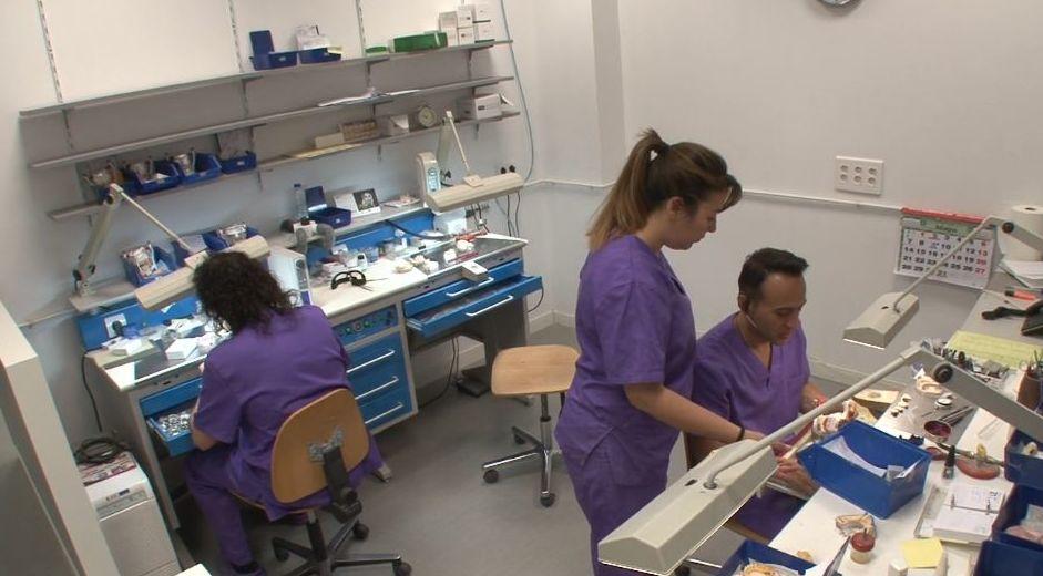 Foto 7 de Protésicos dentales en Valladolid | Provall Prótesis Valladolid