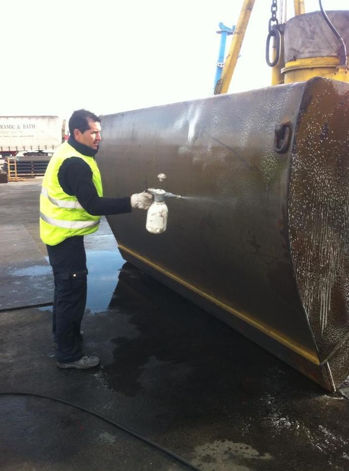 Limpieza de máquinas industriales