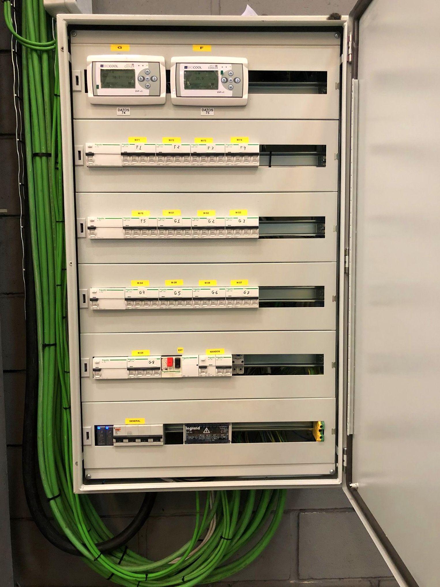 Instalación de cuadro eléctrico de frio industrial