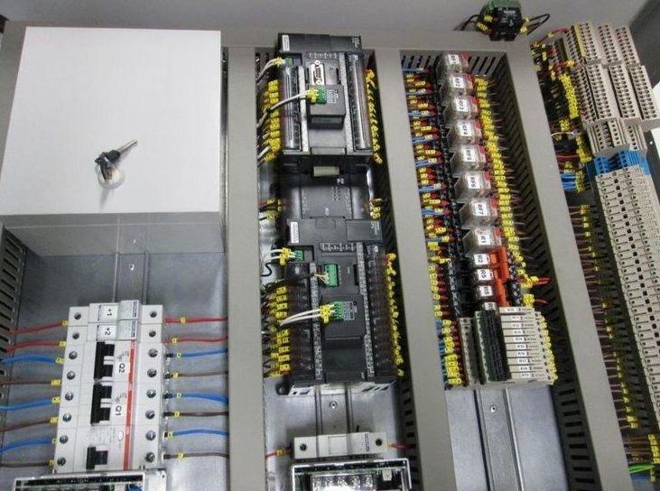 Instalación de red de datos: Servicios de Elecnou - JG