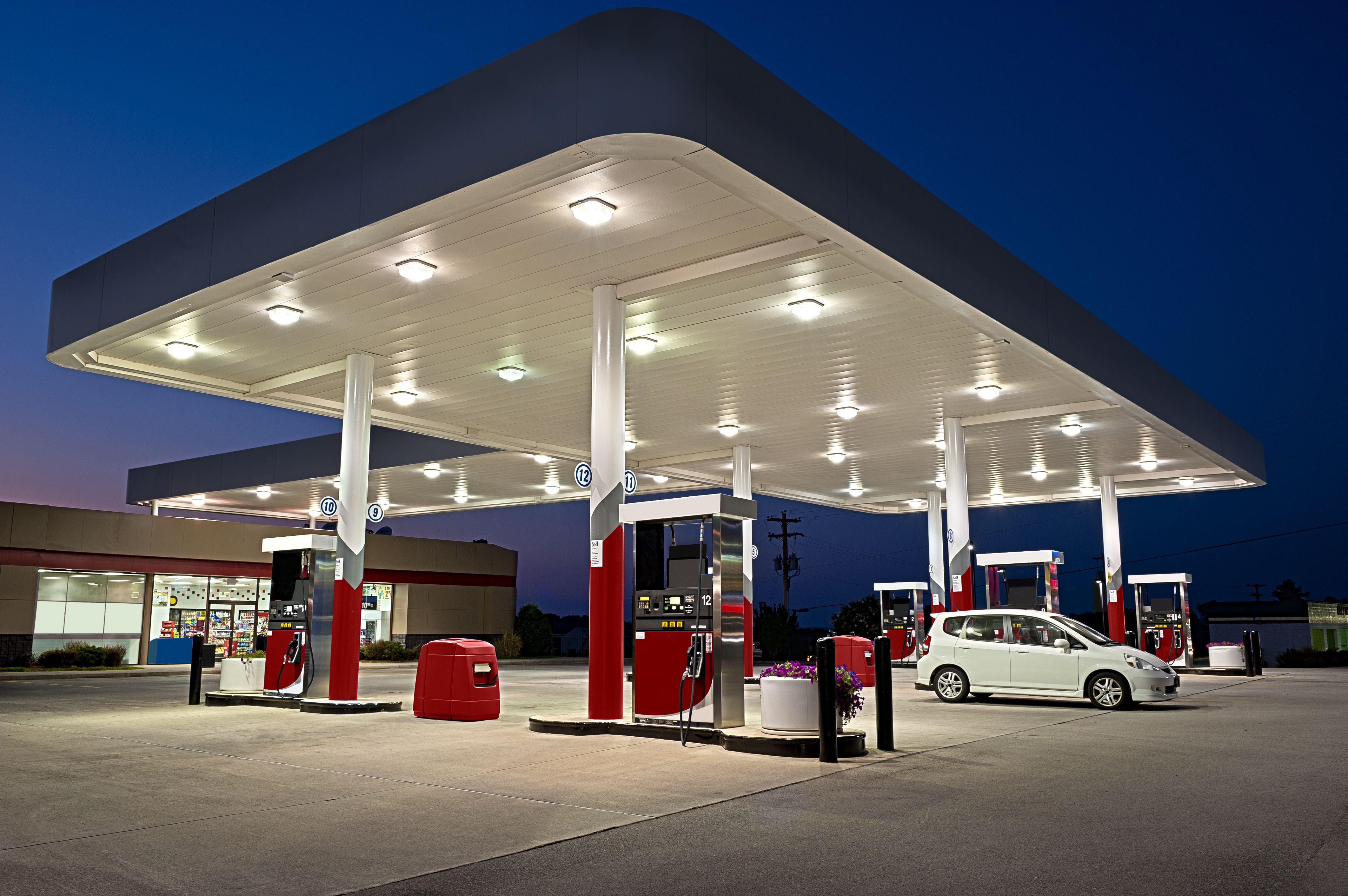Suministro de gasolina a gasolineras