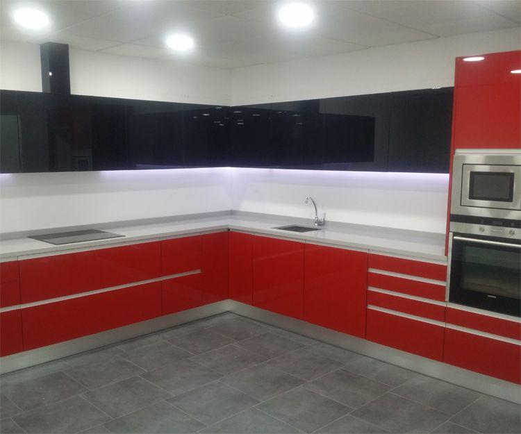 Empresa de montaje de muebles de cocina a medida en Madrid