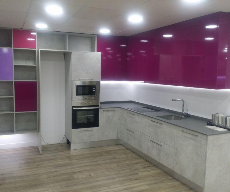 Distribución y montaje de cocinas en Madrid
