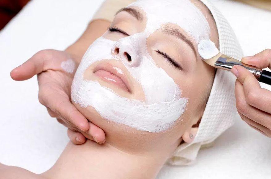 Facial / Cejas: Servicios de Velesa Urban Spa