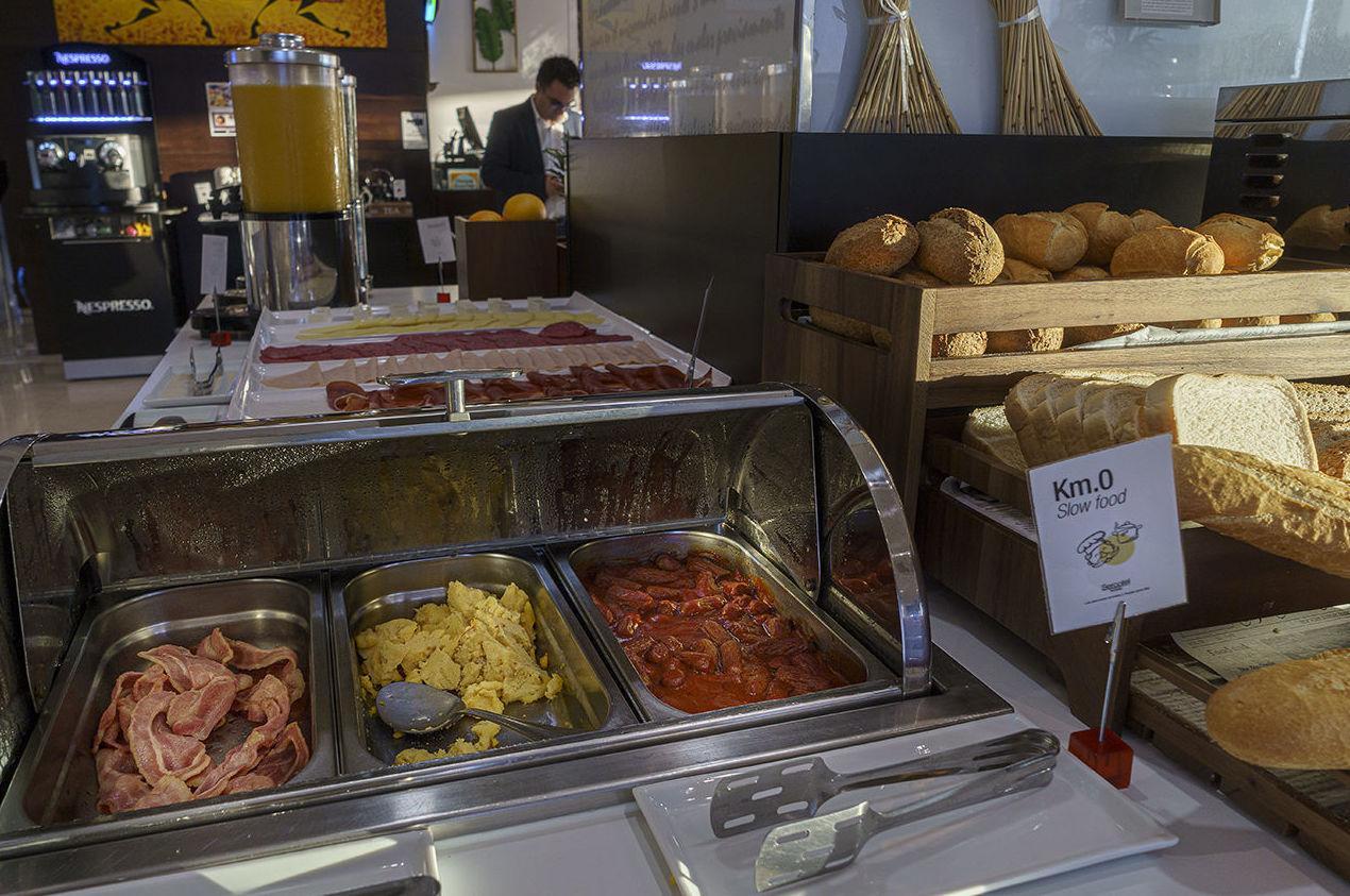 Foto 4 de Restaurantes en Rivas Vaciamadrid | Restaurante Somallao Sercotel Rivas