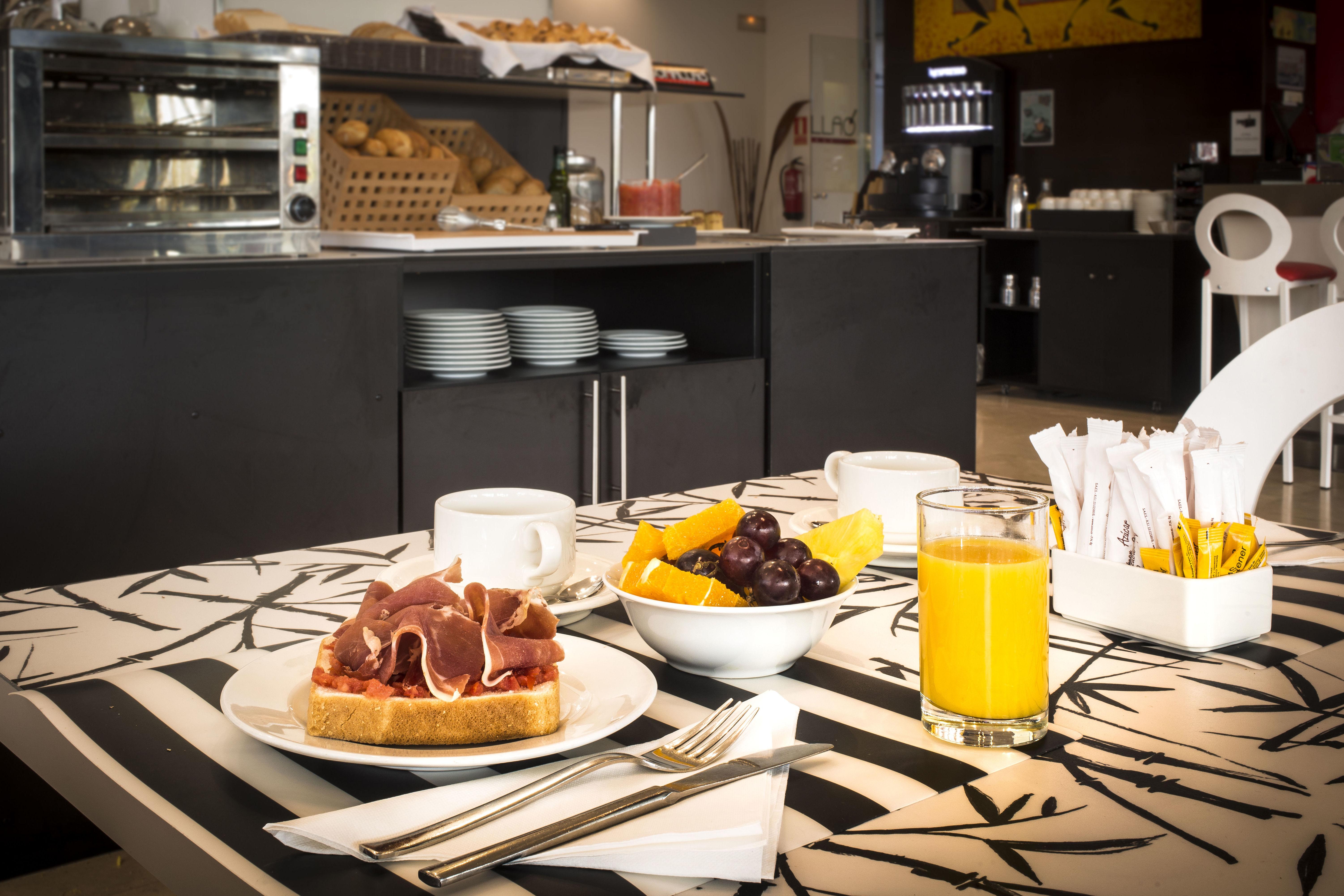 Foto 11 de Restaurantes en Rivas Vaciamadrid | Restaurante Somallao Sercotel Rivas
