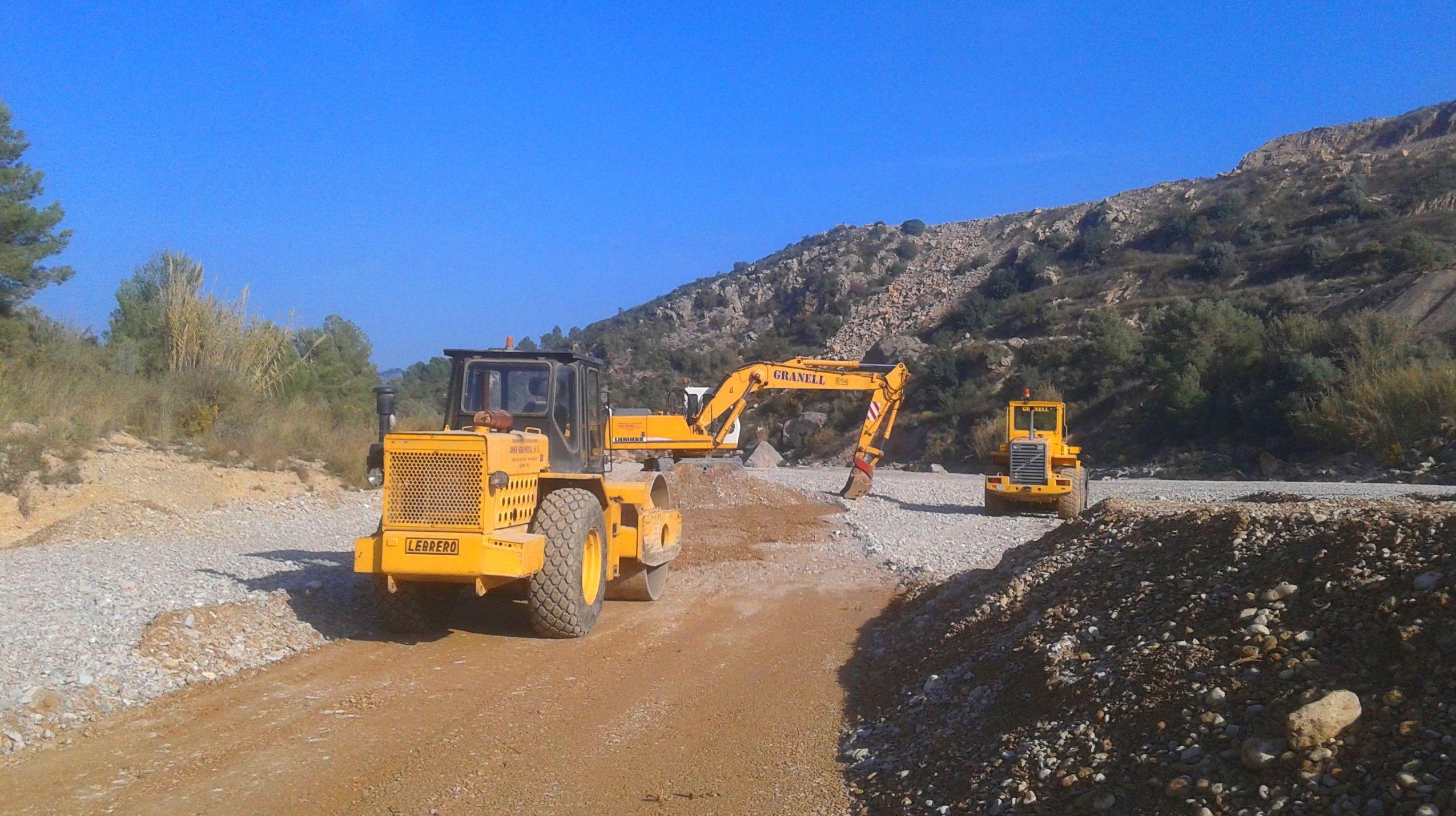 Mantenimiento de caminos y pistas forestales