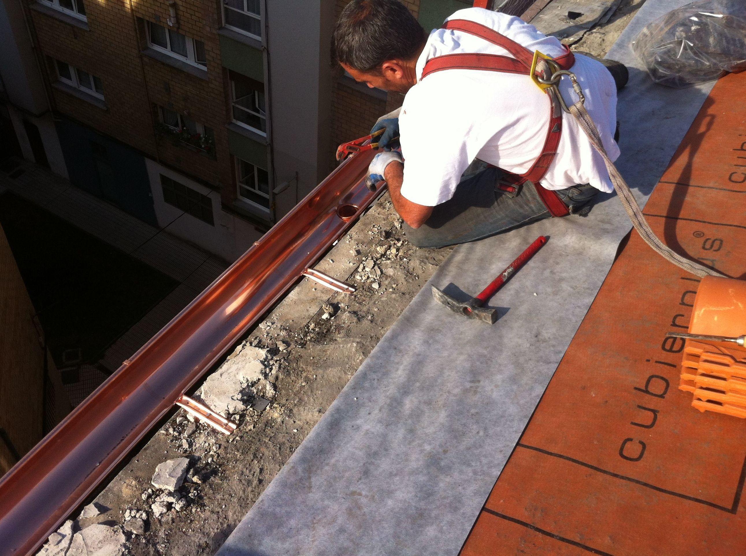 Canalones de aluminio en gij n tecons - Instalacion de canalones ...