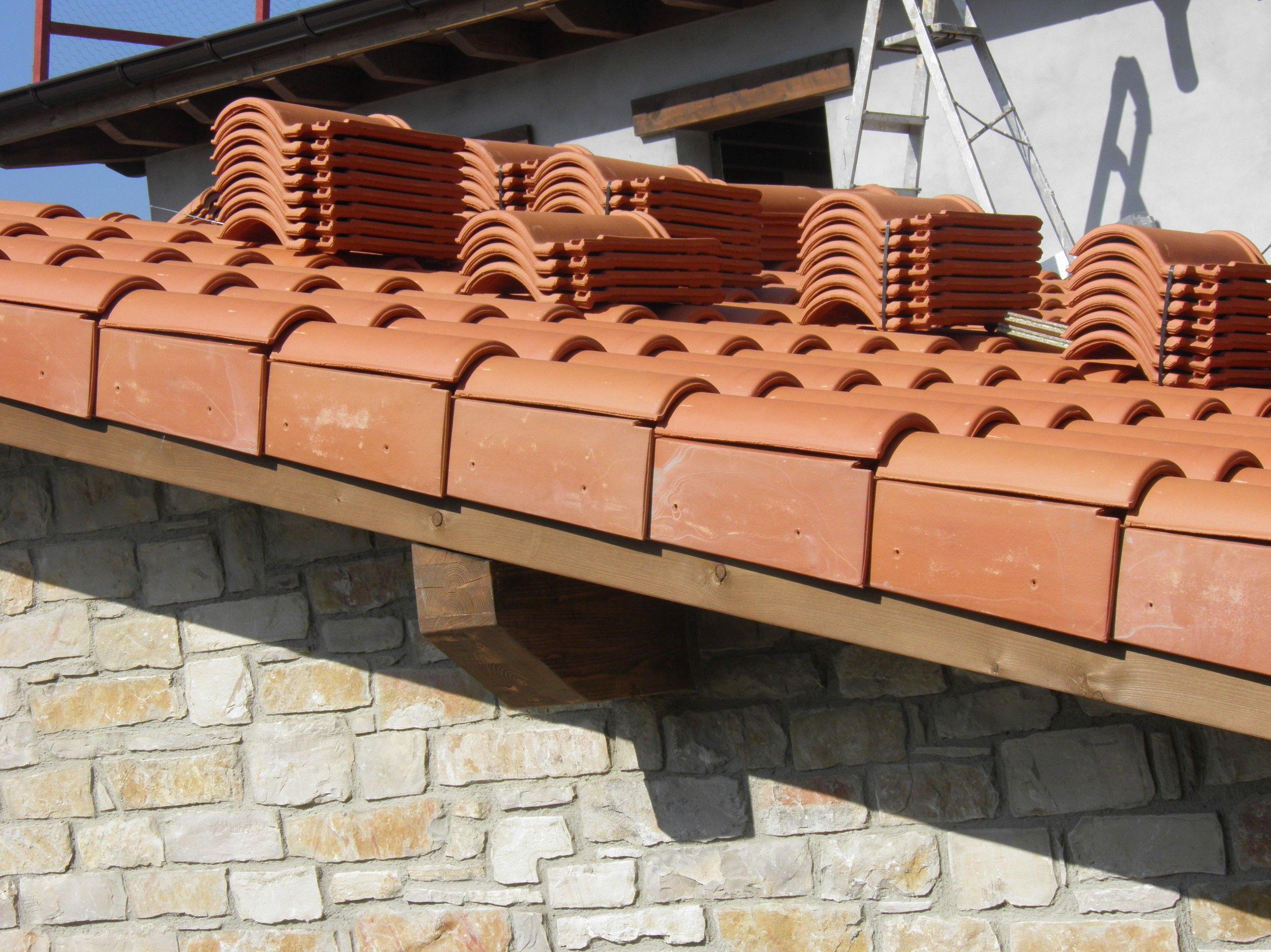 Empresa de cubiertas y tejados. Reparación de tejados