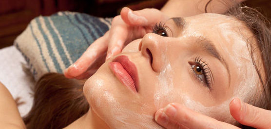 Tratamientos faciales: Servicios de Peluquería Alfredo González