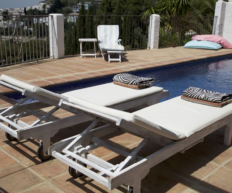 Rent of chalets for holidays in Mijas, town