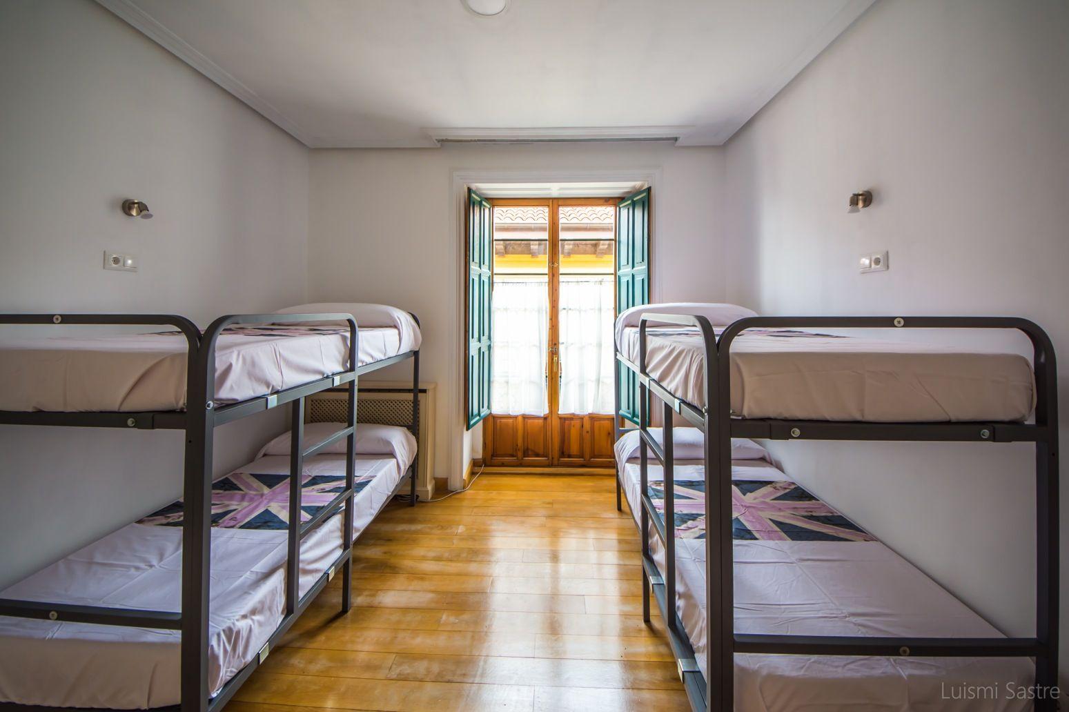 Alojamiento con habitaciones amplias en León
