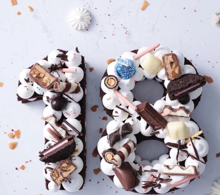Celebra la mayoría de edad comiendo chocolate