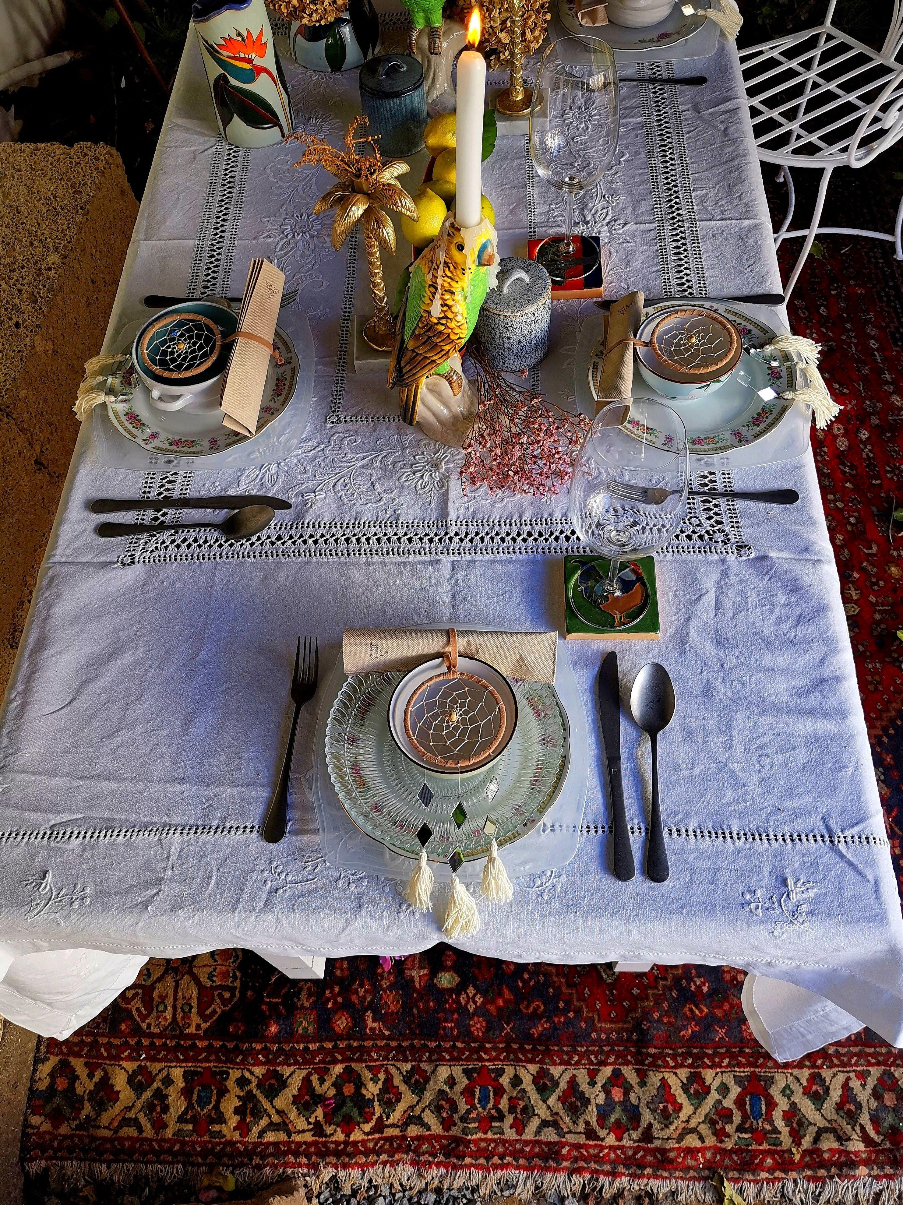 Reservanos tu mesa o menú especial para tus celebraciones privadas.